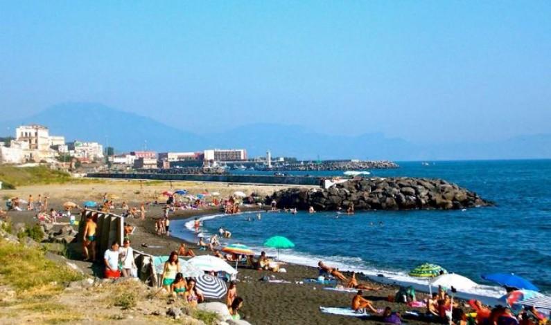 Tutela dei fondi europei a Portici: il sindaco Marrone chiama e il magistrato Cantone risponde.