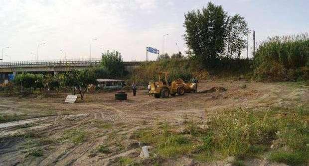 Volla: Sorpresi dai carabinieri mentre interravano rifiuti