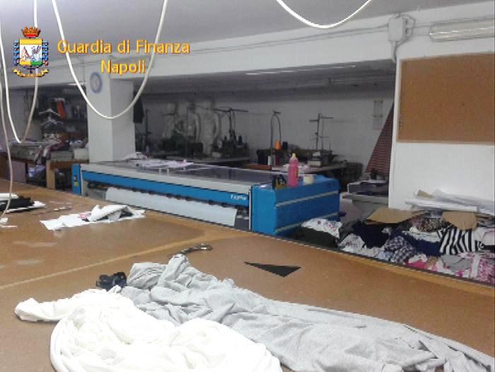 L'Operazione della Guardia di Finanza – Sequestrata fabbrica abbigliamento per bambini a Poggiomarino