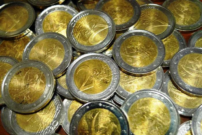 Sgominata 'Napoli Group', holding del falso temuta anche dalla Bce: spacciata in Germania anche una banconota da 300 euro, taglio inesistente