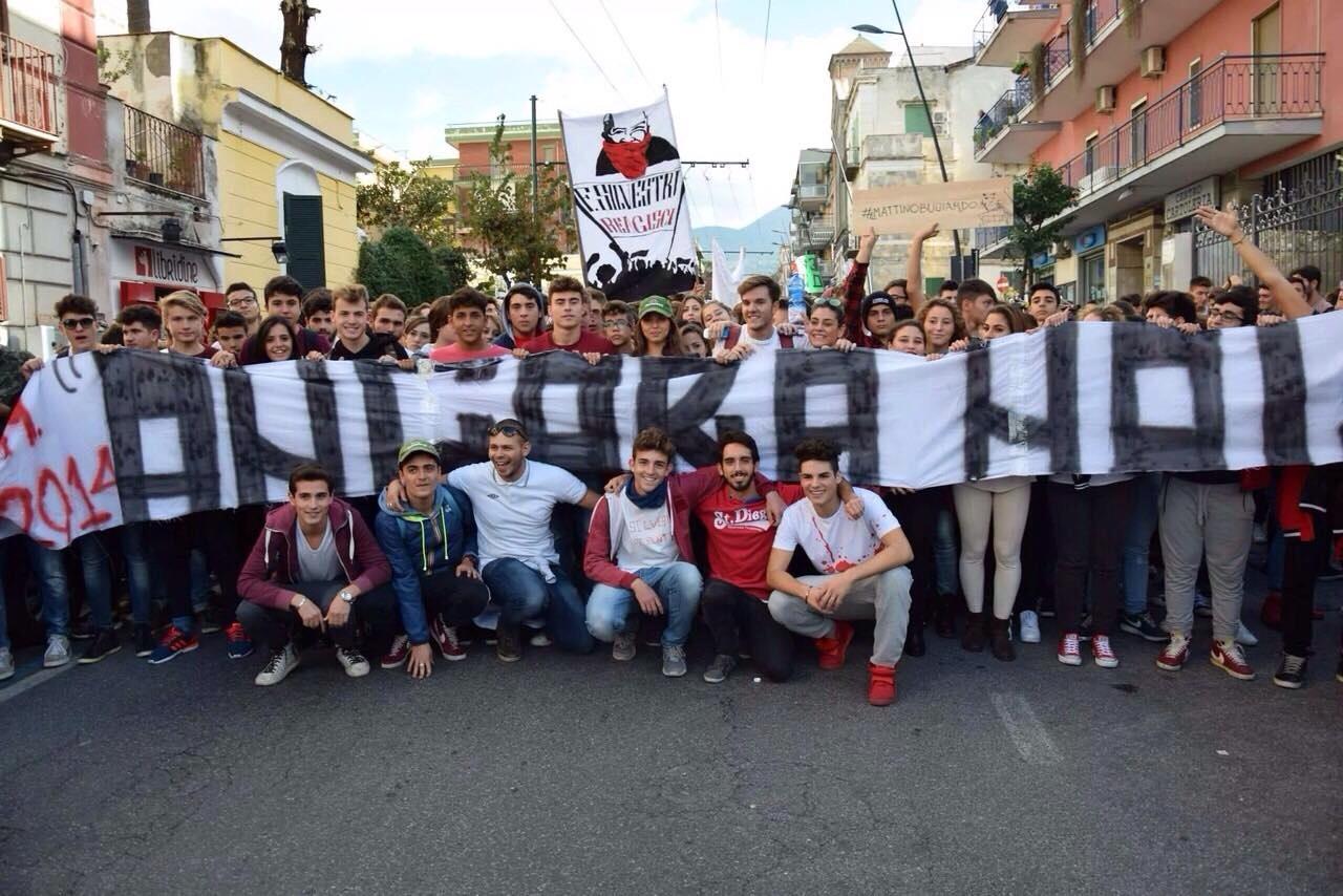 """Studenti in protesta a Portici: """"Noi vittime di uno Stato cieco, e di strumentalizzazioni"""""""