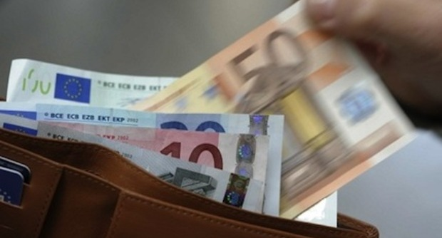 Napoli. Senegalese trova portafogli con 300 euro e lo consegna ai carabinieri