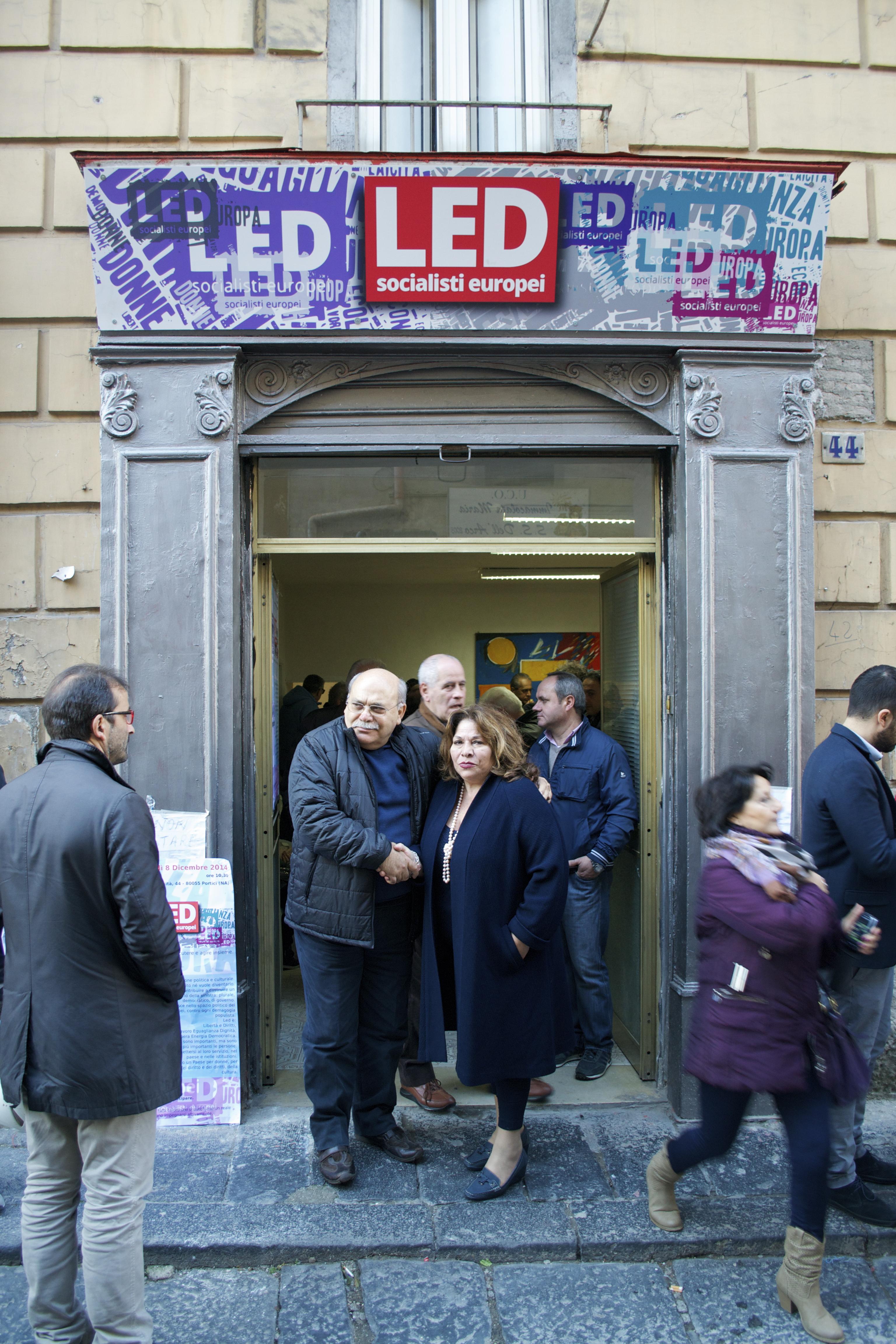 """Nel """"ventre di Portici"""" inaugurata la sede di LED."""