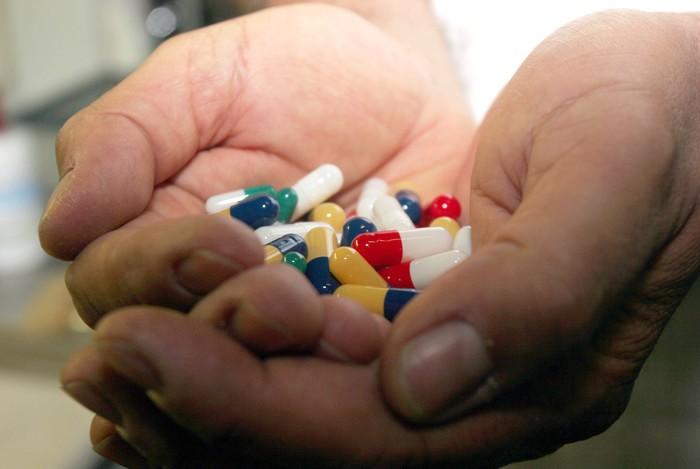 Farmaci, parte la ricetta elettronica: addio prescrizione cartacea rossa, arriva 'promemoria'