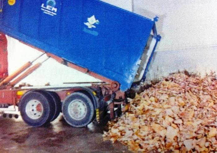 Mangimi con rifiuti di animali infetti: operazione della Forestale fra Sardegna, Lazio e Campania, 4 arresti