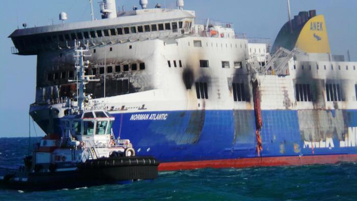Tragedia Norman Atlantic: identificate otto vittime Da lunedì 5 gennaio le autopsie al Policlinico di Bari