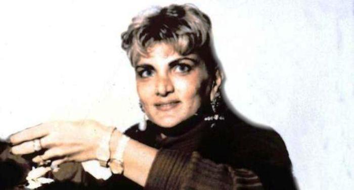 """La Polizia di Formia denuncia """"lady camorra"""" Celeste Giuliano per allaccio abusivo di corrente"""