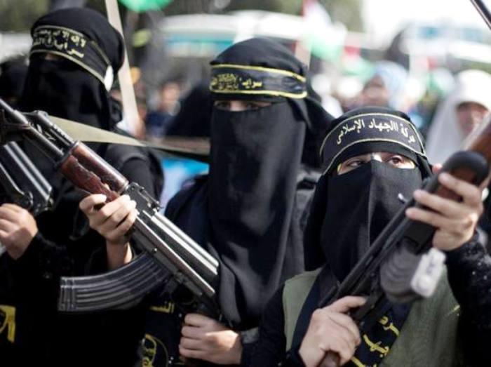 Maria S. una vesuviana nell'esercito dell'Isis. Oggi si chiama Fatima e combatte in Siria