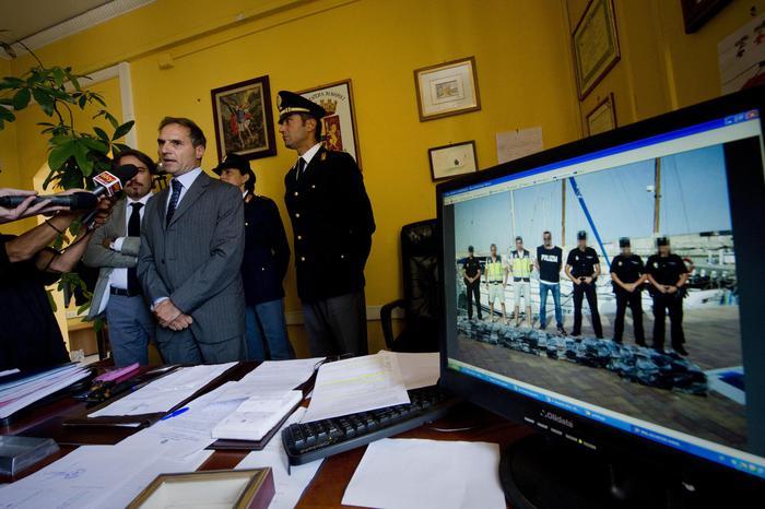 Scacco alla Camorra: arrestato Antonio Abbinante, la Dda gli contesta l'associazione mafiosa