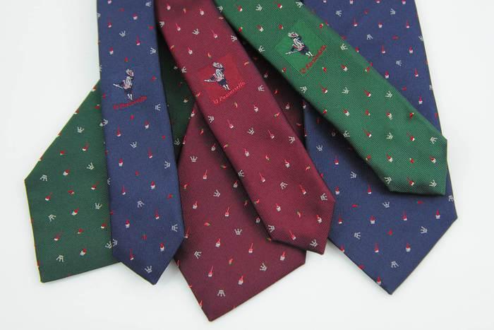 Cravatte mania – Marinella disegna l'Expo, Cilento fa rivivere 'o Pazziariello