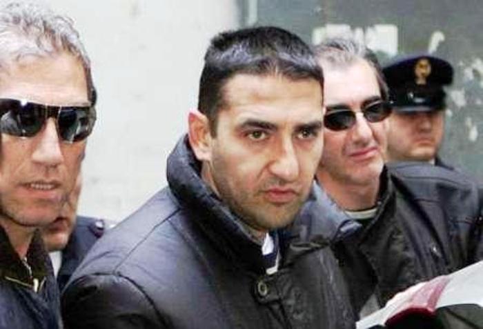 I Mazzarella e la caccia ai Rom che rubarono a casa del boss: il retroscena di quattro omicidi di camorra