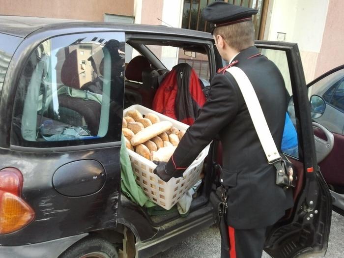 Napoli, task force contro il pane abusivo: denunciati 22 fornai