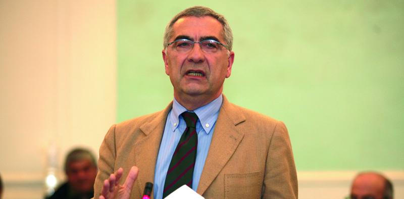 Verso le Regionali, Sel scioglie il dubbio e dopo Nino Daniele candida a Presidente della Regione il segretario Salvatore Vozza
