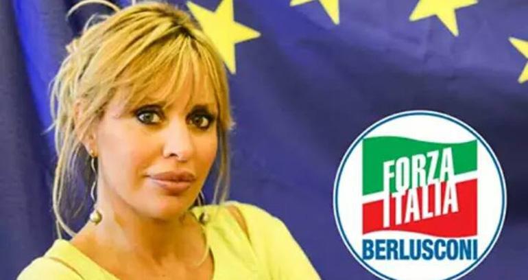 Alessandra Mussolini capolista in Campania per Forza Italia, con la benedizione di Berlusoni
