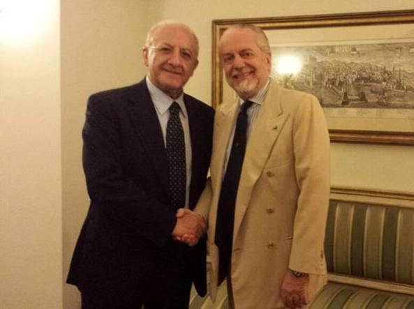 """Aurelio De Laurentis stringe la mano a Vincenzo De Luca: """"Grande intesa e progetti comuni"""""""