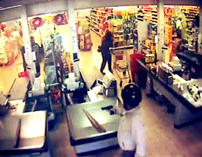 Volla, rapine nei supermercati durante il ponte del 1° maggio: si indaga su casi simili