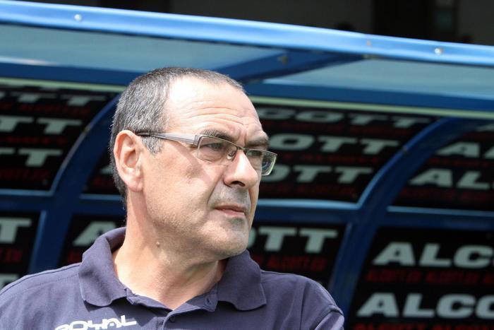 Maurizio Sarri è il nuovo tecnico del Calcio Napoli, si ribarte dalla base