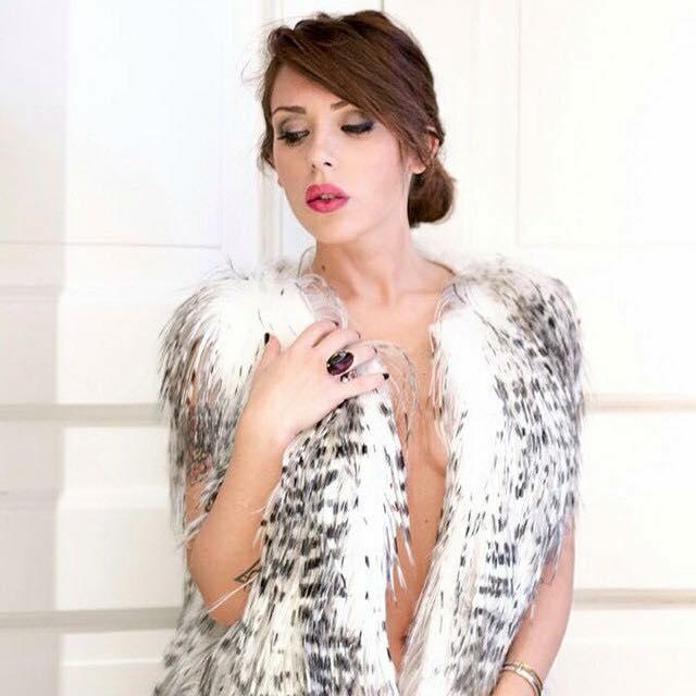 """""""Noonelikeme"""", moda, costumi e tendenze di  Valentina Scognamiglio"""