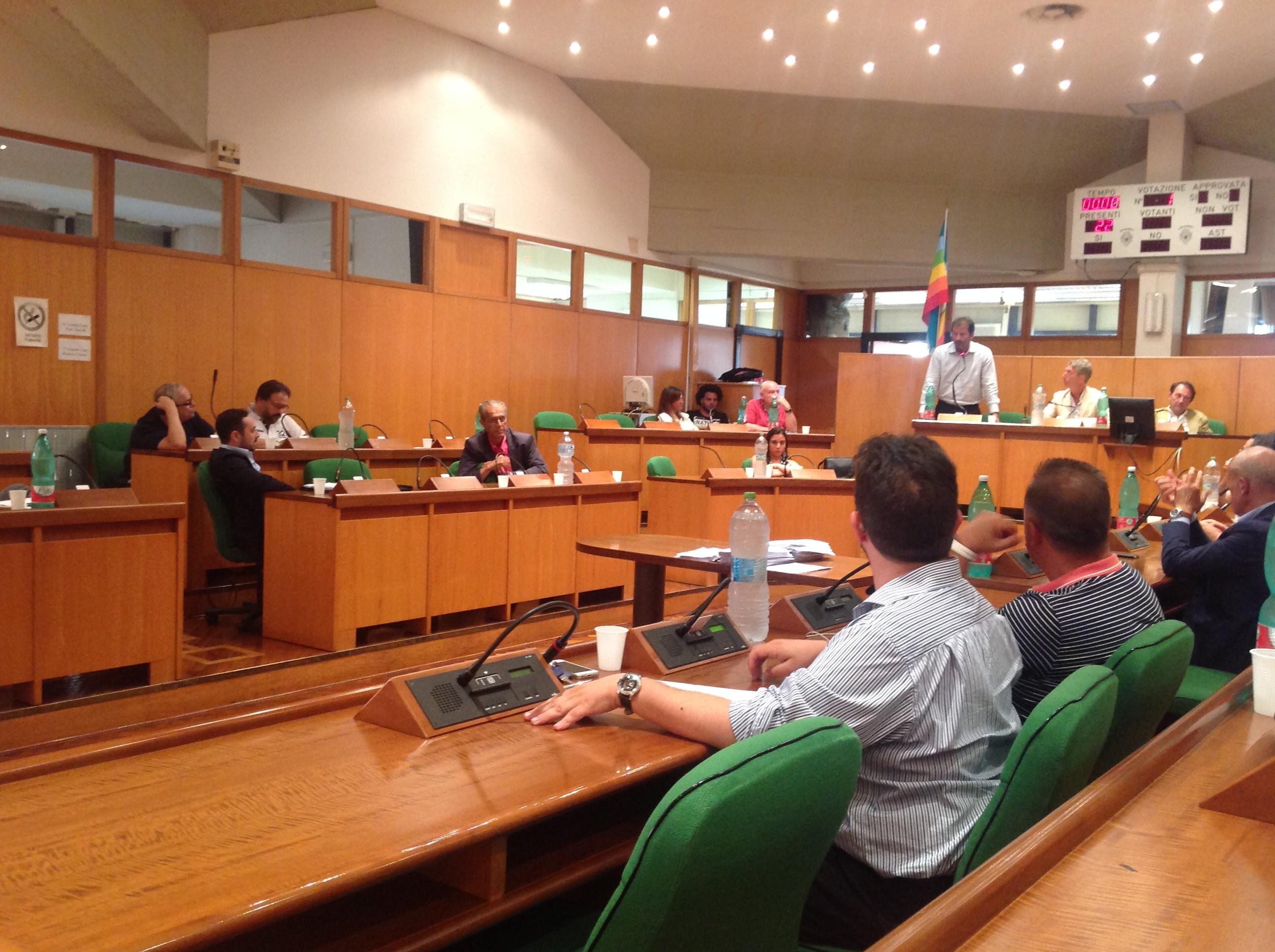 Più sicurezza in città: il consiglio comunale approva all'unanimità le proposte del consigliere Luca Manzo