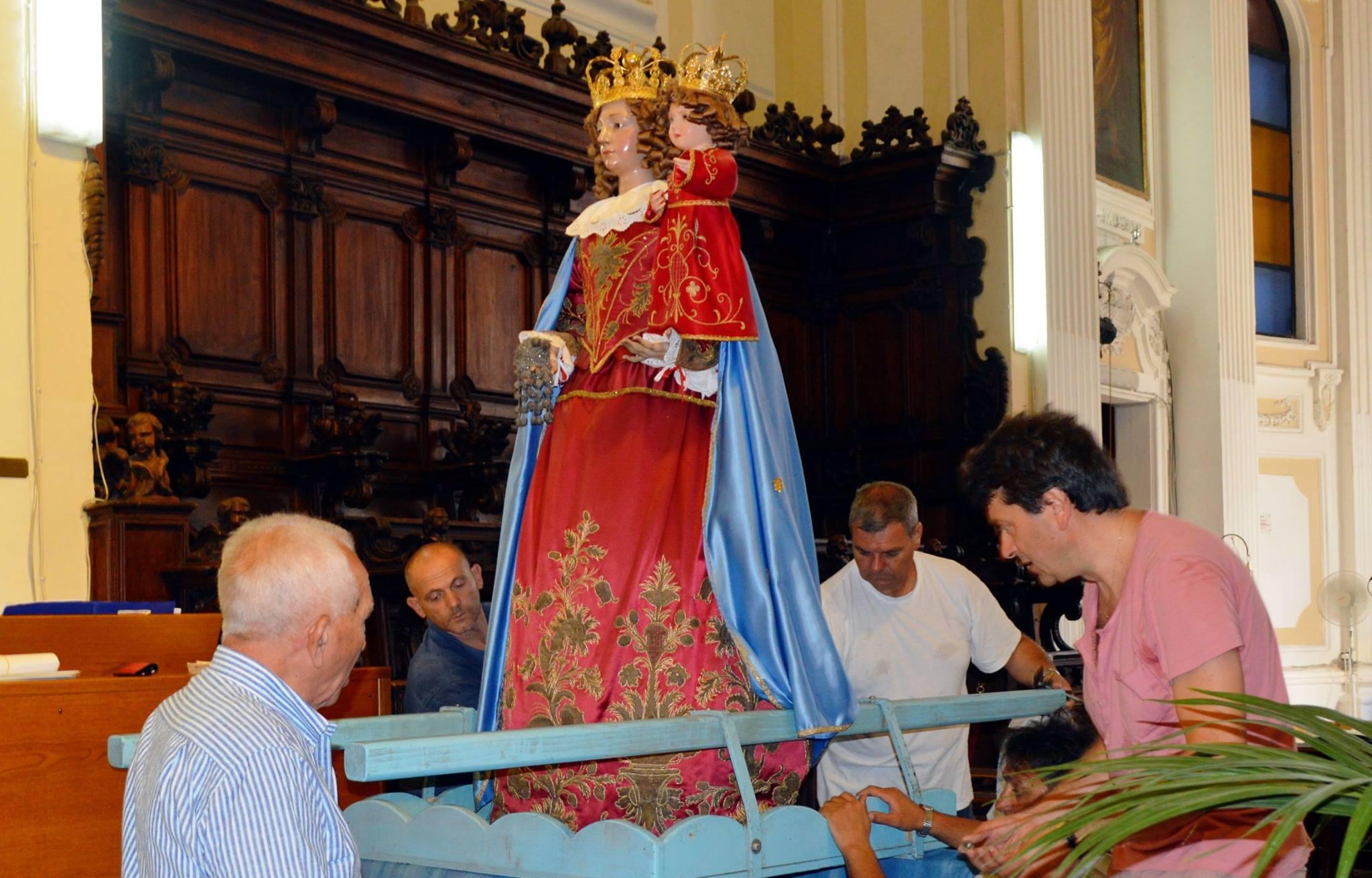 Festa delle Lucerne, partono tra le luci i festeggiamenti per la Madonna della Neve