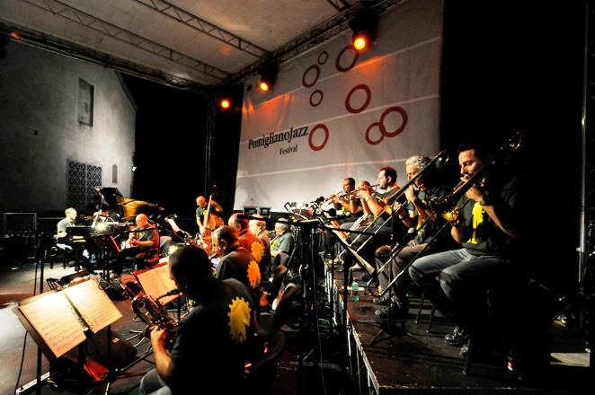 Sabato 12 settembre la XX edizione del Pomigliano Jazz in Campania dedica una serata speciale a due leggende viventi della musica e della cultura partenopea: James Senese e Tullio De Piscopo.