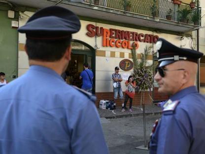 """Una strada ricorderà il """"muratore eroe"""", i carabinieri setacciano le case dei pregiudicati del luogo"""