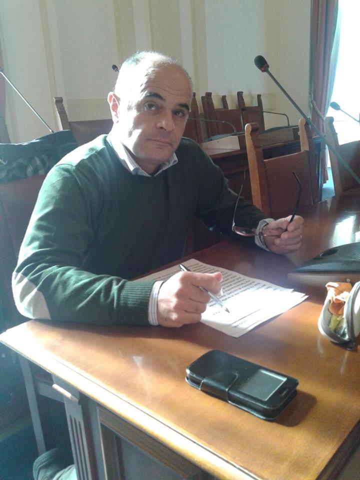 San Giorgio a Cremano. Defibrillatori semiautomatici negli uffici pubblici: apportava la mozione del consigliere Maiolino (M5S)