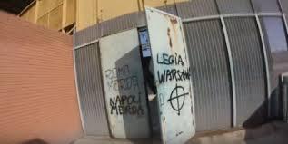 "Video. ""Napoli merda"": tifoso polacco imbratta il San Paolo"