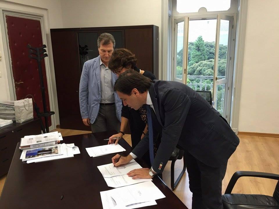 Accordo Comune-Demanio per un nuovo parcheggio. Buonajuto: «Iniziativa strategica per l'incremento del commercio nel centro della città»