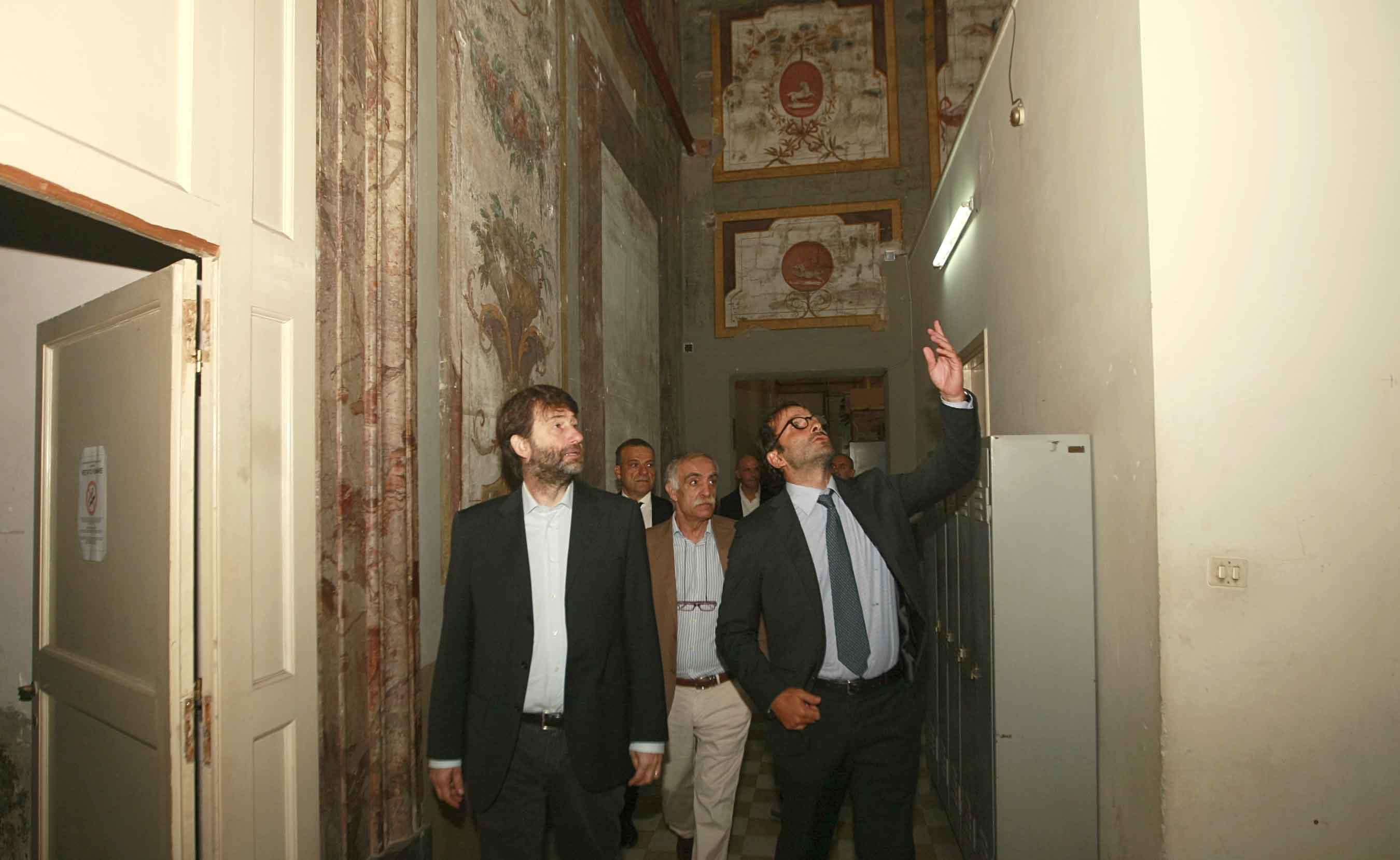 Tra fasti e abbandoni, la visita del Ministro Franceschini a Palazzo Reale di Portici.