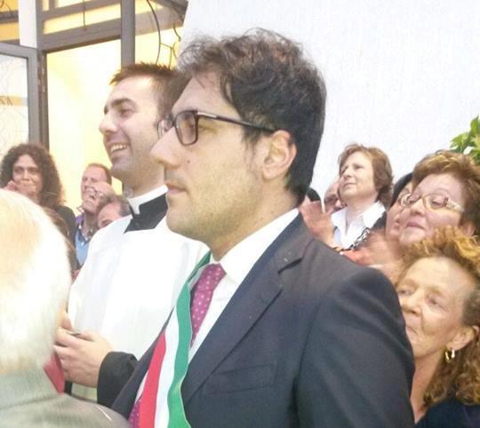 """Tutti contro il Pd tranne Farroni che si """"stacca"""" dal sindaco Marrone"""