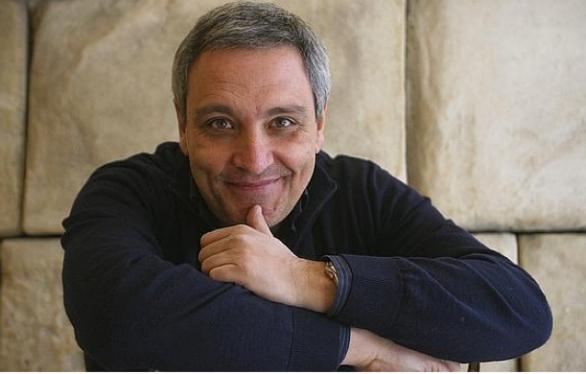 Estate Medicea, gran finale: lunedì a Ottaviano c'è Maurizio De Giovanni