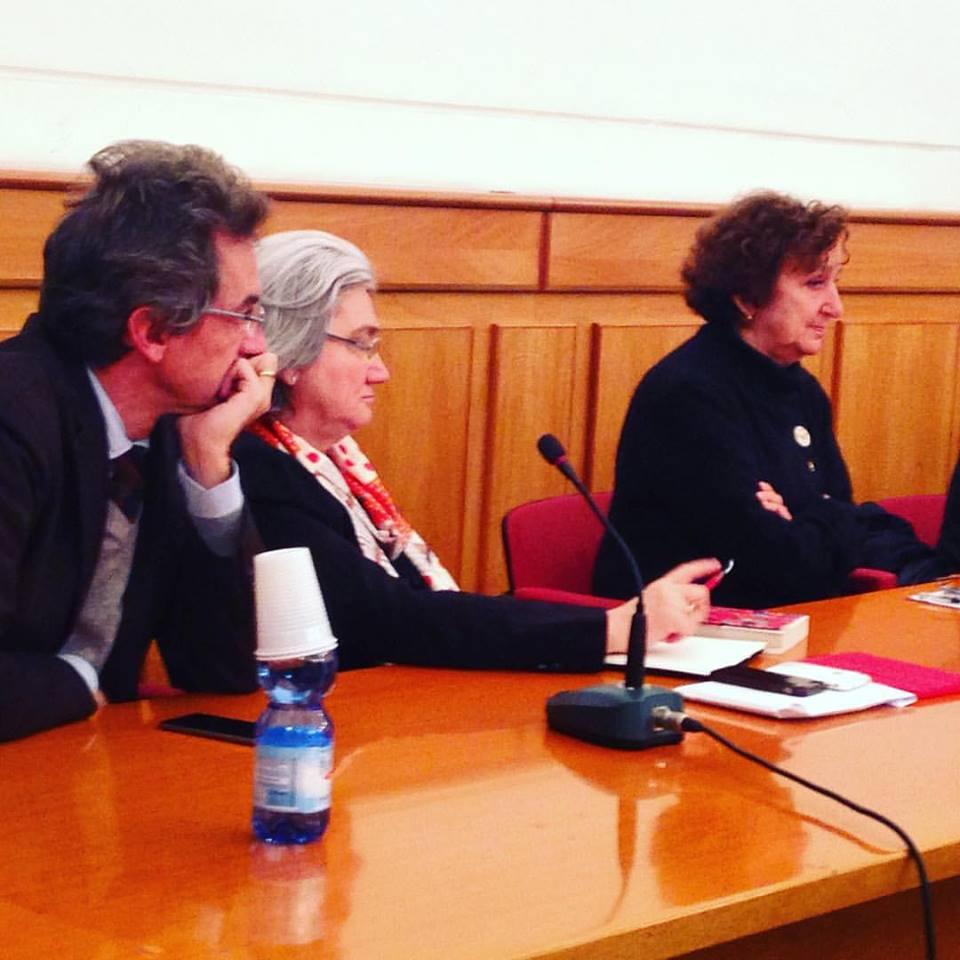 """""""Affari di Camorra"""": Cantone, Bindi e Sales presentano il libro a cura di Luciano Brancaccio e Carolina Castellano"""