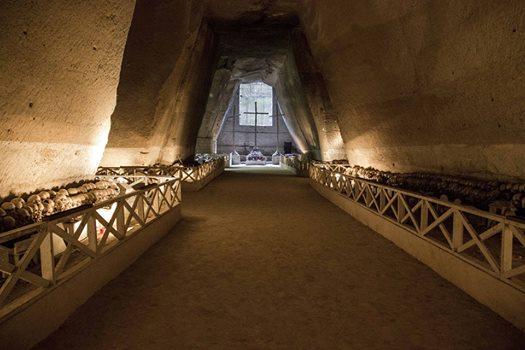 Con Mani e Vulcani il Cimitero delle Fontanella diventa a misura di bimbo e cani