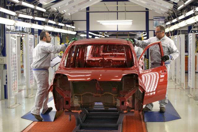 Niente festa patronale per la Fiat. La risposta di Lello Russo al vescovo Depalma