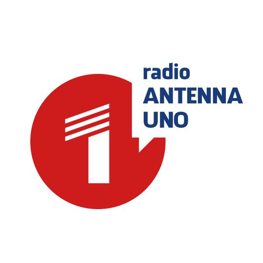 Luana Paparo, cronista de L'ora, nel nuovo contest giornalistico targato Radio Antenna Uno
