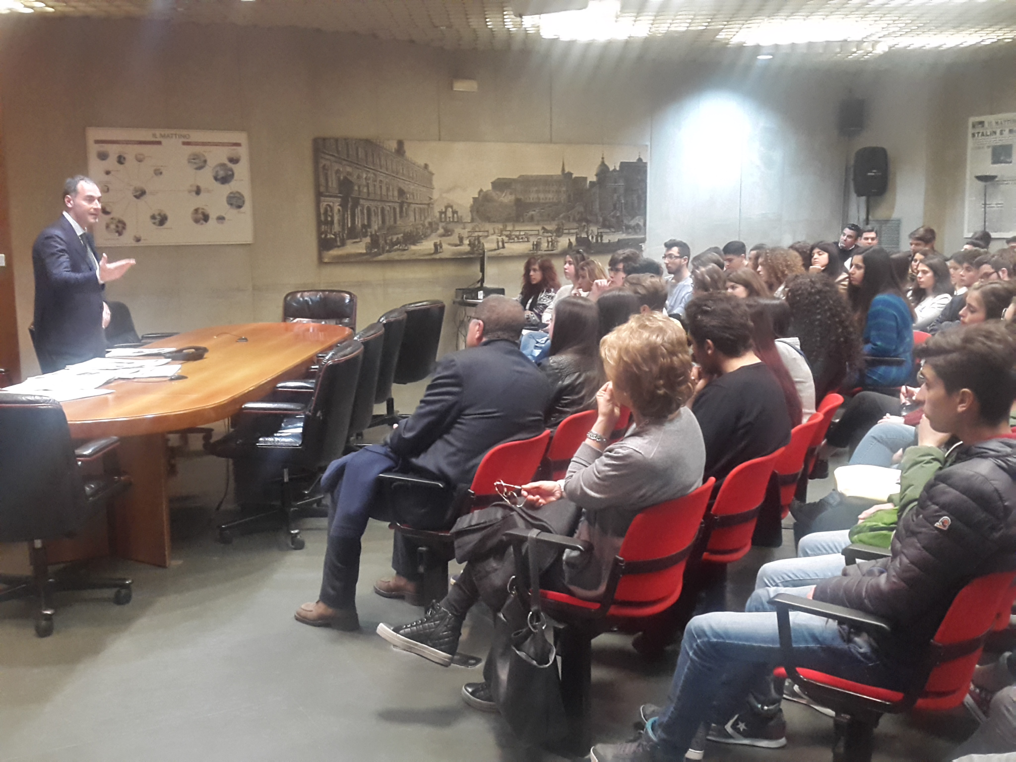 Gli studenti el Liceo Torricelli di Somma Vesuviana in visita a Il Mattino