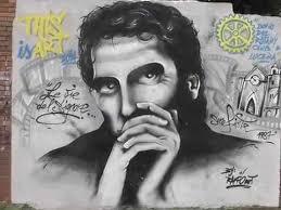 San Giorgio riscopre il volto e il talento di Troisi tramite la Street Art – Graffiti e murales per ricordare il comico che rese grande la città vesuviana