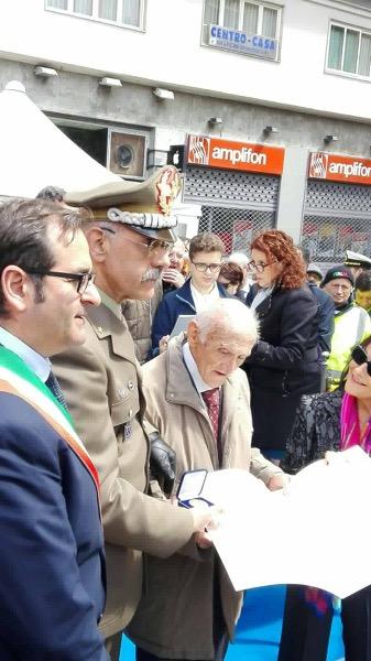 Il Partigiano Gennaro Di Paola insignito della medaglia del Ministero della Difesa