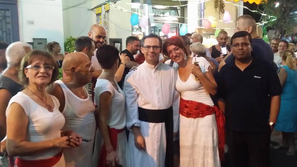 A Massa di Somma sindaco e parroco ai ferri corti per i lavori che bloccano l'ingresso della chiesa. Chi dice la verità e chi mente sulle autorizzazioni?