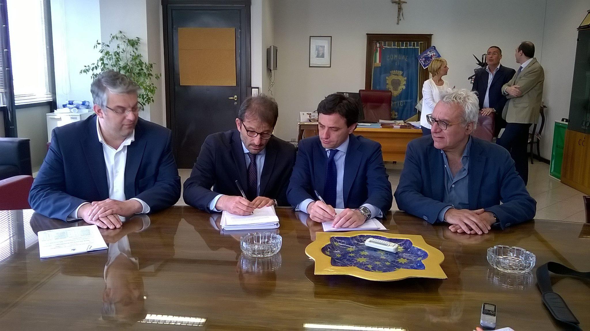 """Portici, San Giorgio a Cremano, Ercolano e San Sebastiano firmano l'adesione alla CUC: """"Un atto importante per la gestione e l'organizzazione delle gare pubbliche nei quattro comuni vesuviani"""""""