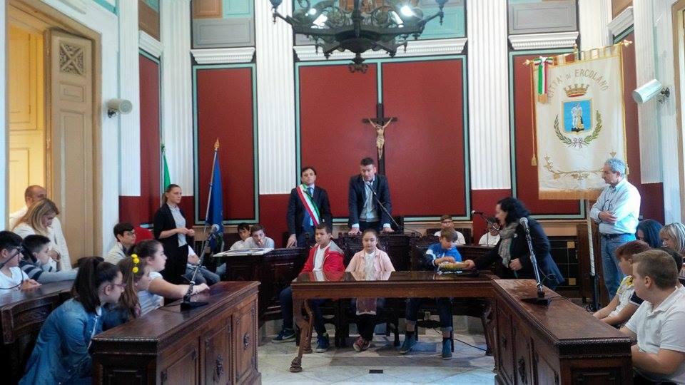 A Ercolano seduta del Consiglio comunale dei Ragazzi
