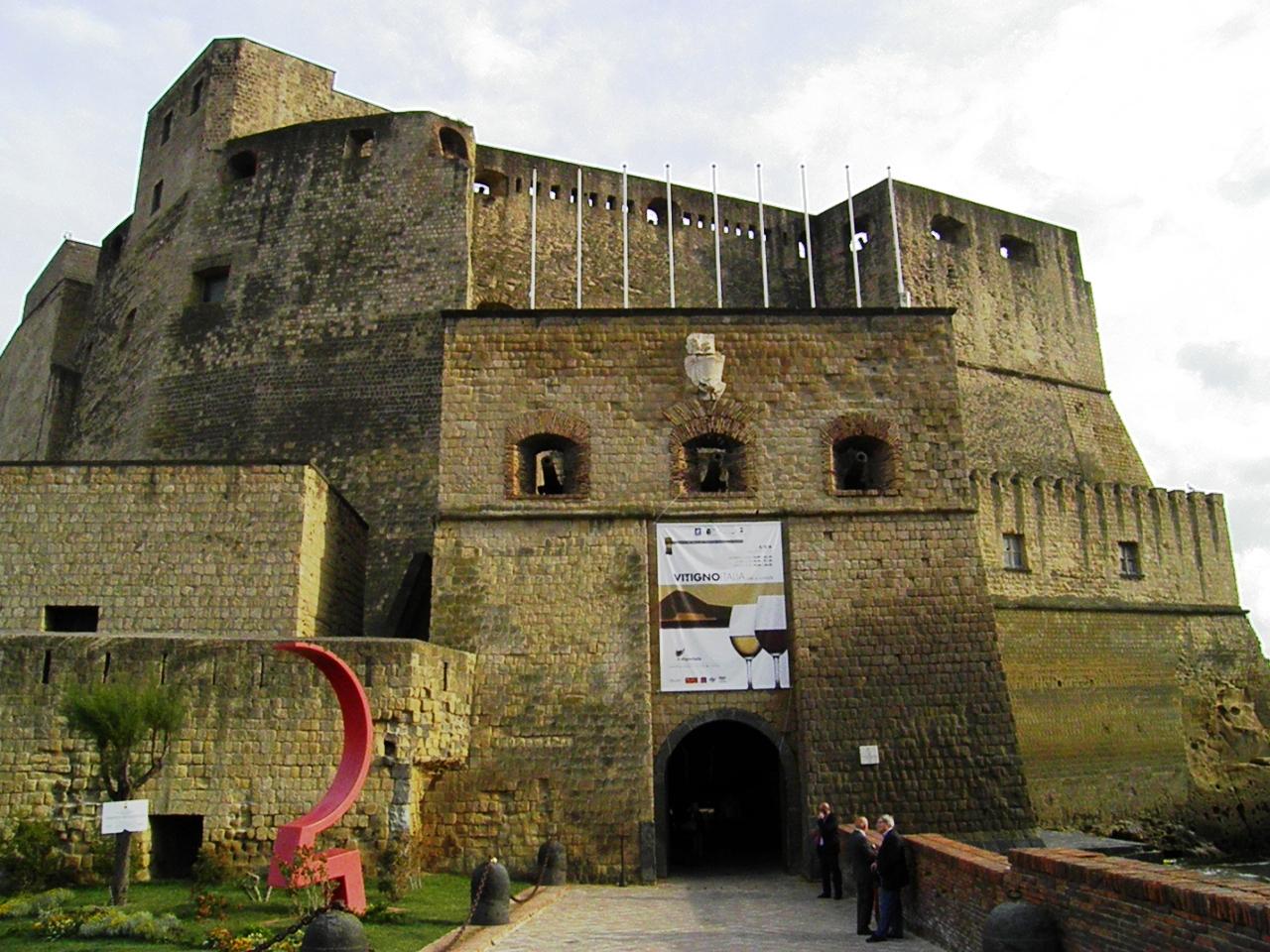 Vitignoitalia: dal 22 al 24 maggio 200 cantine e un totale di 1000 etichette per l'appuntamento coi winelovers a Castel dell'Ovo