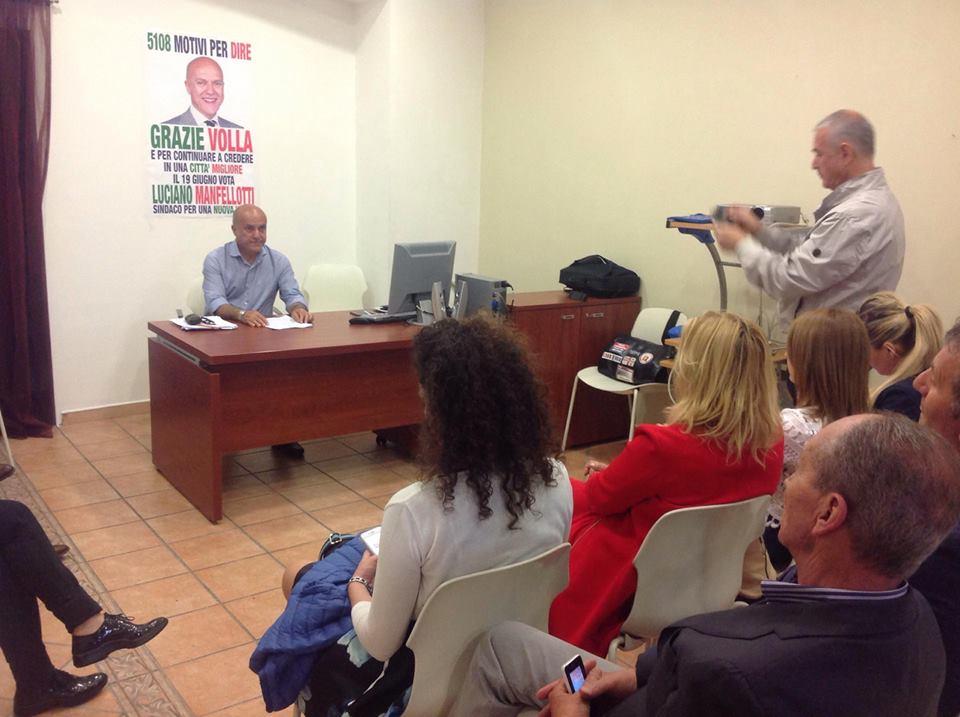 Comunali Volla. Conferenza stampa di ringraziamenti per il candidato Luciano Manfellotti