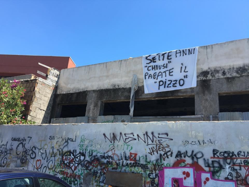"""Continua l'odissea di """"Ciro a Mare"""". A 7 anni dalla chiusura la rabbia di chi si è ribellato alla criminalità organizzata: """"Pagate il pizzo!"""""""