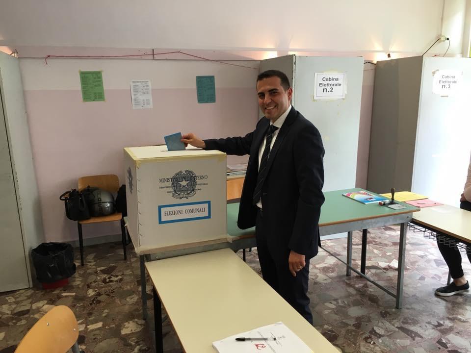 A Volla Andrea Viscovo ribalta i pronostici e viene eletto nuovo sindaco della Città Annonaria