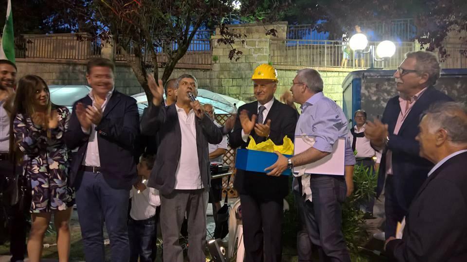 A SAN SEBASTIANO AL VESUVIO – Salvatore Sannino vara la giunta, fuori dal Consiglio il vice sindaco Panico e l'assessora Filosa. Si attende la surroga per i primi due non eletti