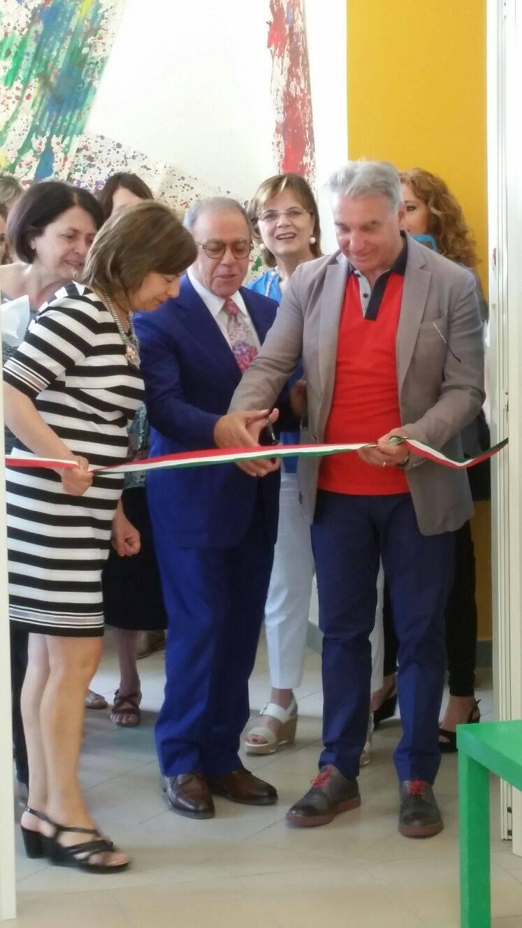 """IMPRESA-SCUOLA-SOCIALE  È stato inaugurato, presso la scuola dell'infanzia del III Istituto Comprensivo """"Francesco d'Assisi""""  il supermercato dei piccoli"""