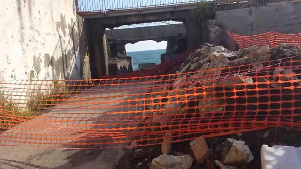 MARE SPORCO – Scaricano liquami e rifiuti a mare: denunciati i titolari di un opificio a Ercolano