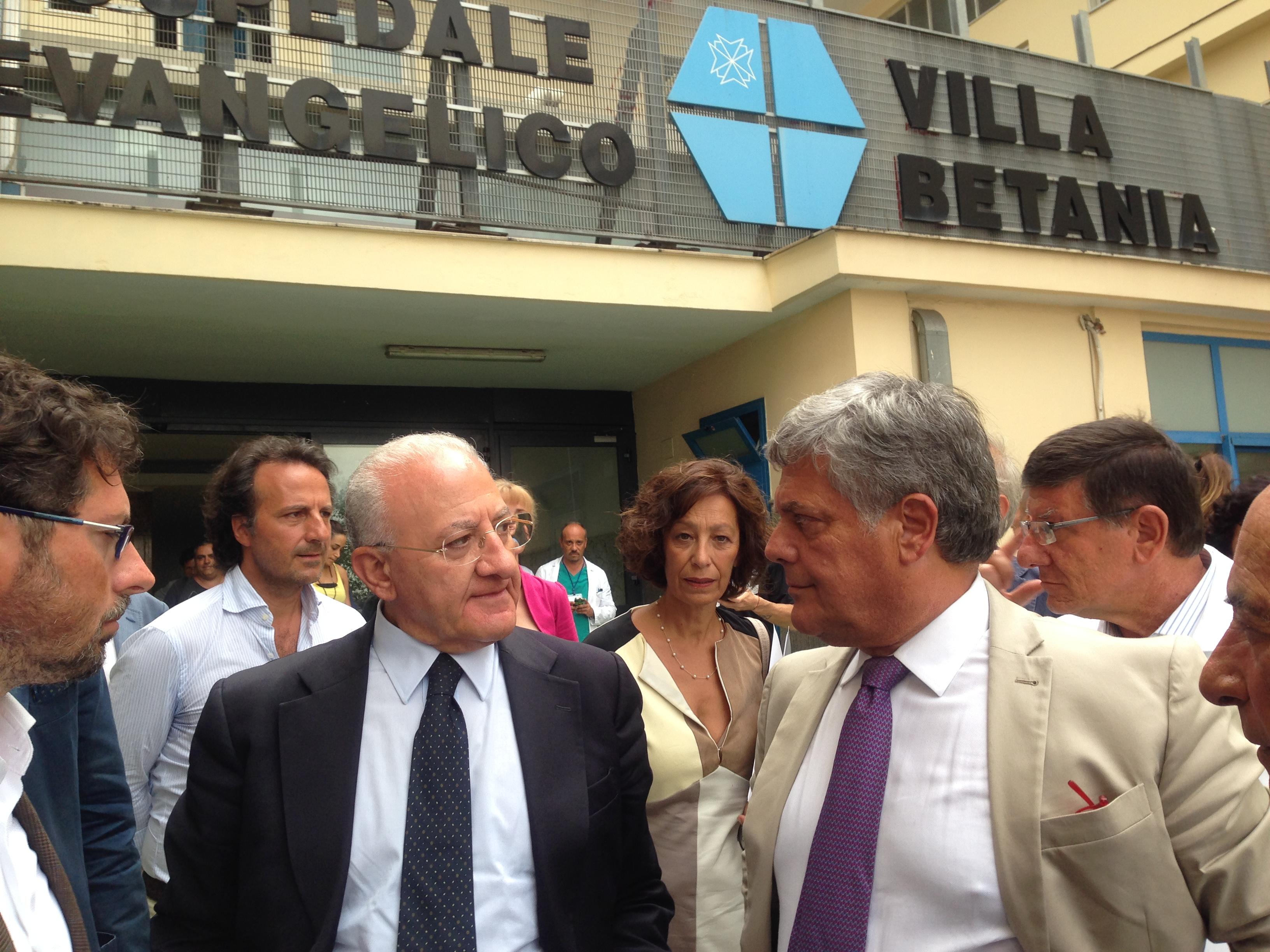 """Salute, solidarietà e sostenibilità: la mission dell'Ospedale Evangelico Villa Betania """"certificata"""" dal Presidente Vincenzo De Luca"""